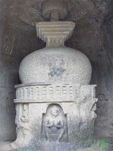 340px-Kanheri-stupa1