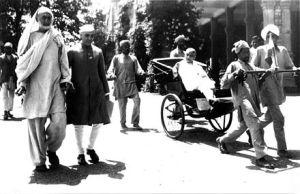 440px-Abdul_Ghafar_Khan,_Nehru,_and_Sardar_Patel_1946