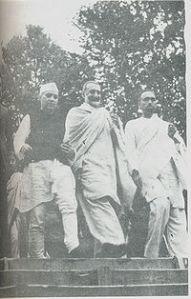 200px-Sheikh,Nehru_and_Badshah_Khan_1945