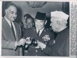 Indian-Prime-Minister-Jawaharlal-Nehru-right-toasts-United-Arab-Republic-President-Gamal-Abdel-Nasser-left-and-Indonesian-President-Sukarno-center-in-New-York-USA-1960-300x228