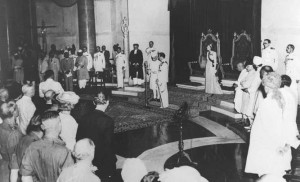 jLord-Mountbatten-swears-in-Pandit-Jawaharlal-Nehru-as-the-first-Prime-Minister-of-free-India-at-the-ceremony-held-at-8_30-AM-on-August-15-1947-300x182